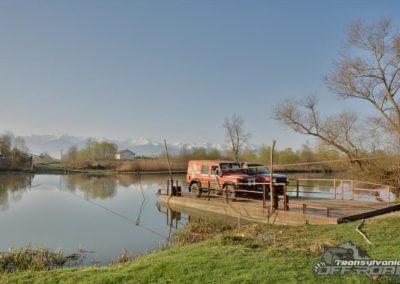 pontoon river crossing